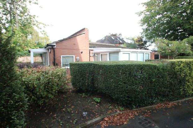 1 Bedroom Detached Bungalow for sale in Brooklands Road, Sale
