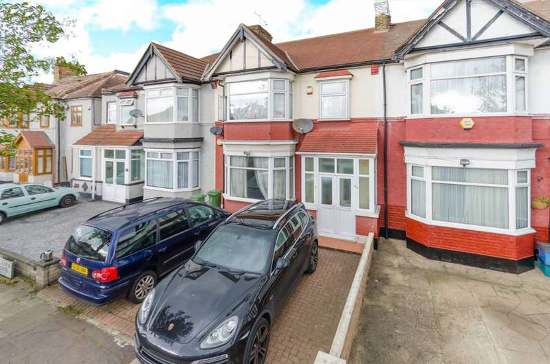 4 Bedrooms House for sale in Gants Hill, Ilford, Ilford, IG1