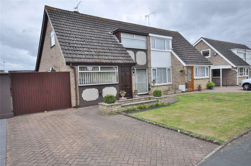 3 Bedrooms Semi Detached House for sale in Falconscroft, Covingham, Swindon, Wiltshire, SN3