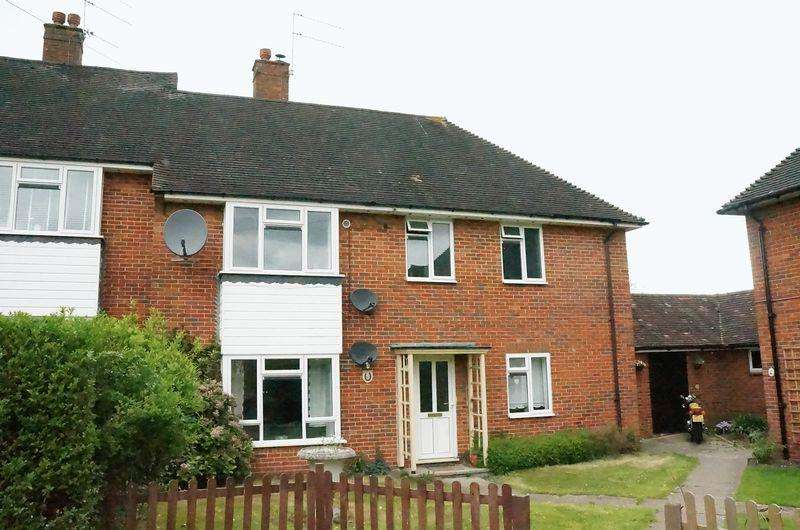 2 Bedrooms Apartment Flat for sale in West Horsley