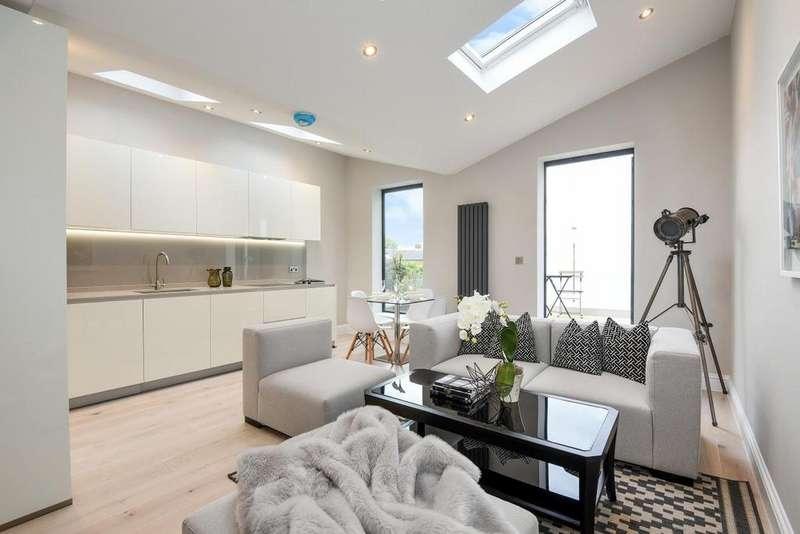 2 Bedrooms Flat for sale in Friern Road, East Dulwich