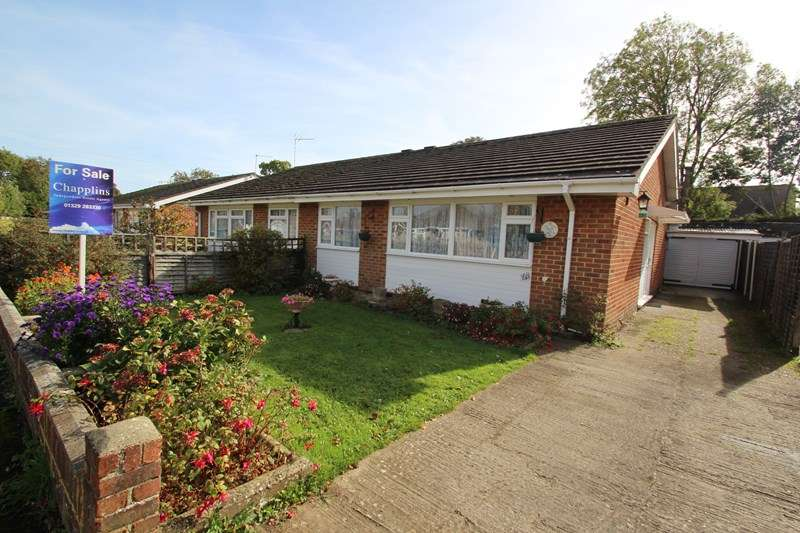 3 Bedrooms Semi Detached Bungalow for sale in Southmead Road, Fareham
