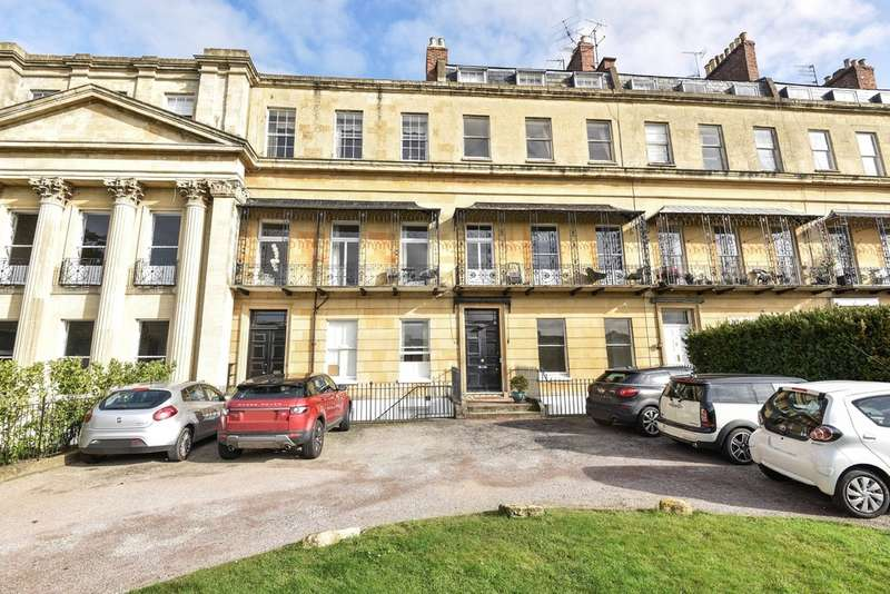 1 Bedroom Flat for sale in Suffolk Square