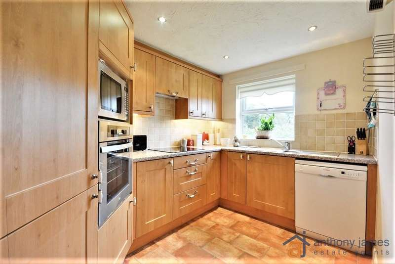 2 Bedrooms Apartment Flat for sale in Park Road West, Southport, Merseyside, PR9 0JU