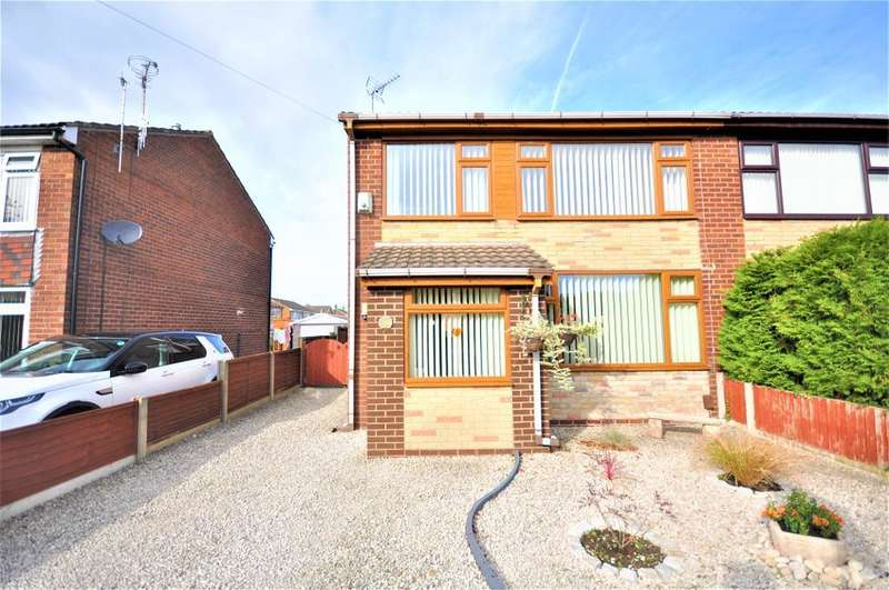 3 Bedrooms Semi Detached House for sale in Bush Lane, Freckleton, Preston, Lancashire, PR4 1SA
