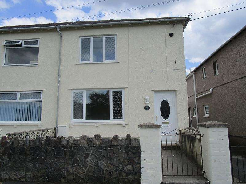 3 Bedrooms Semi Detached House for sale in William Street, Ystradgynlais, Swansea.