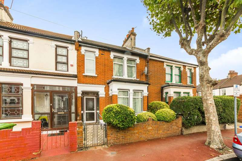 3 Bedrooms Terraced House for sale in Ruskin Avenue, Manor Park, E12