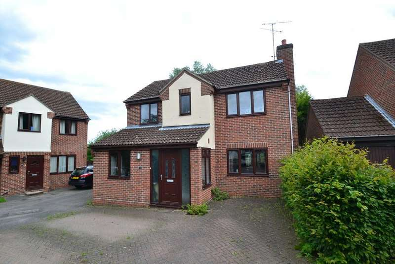 3 Bedrooms Detached House for sale in Bluebell Close, Witham, CM8 2YP