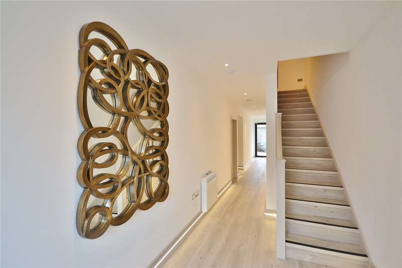 2 Bedrooms Apartment Flat for sale in Honeywood Road, London, NW10