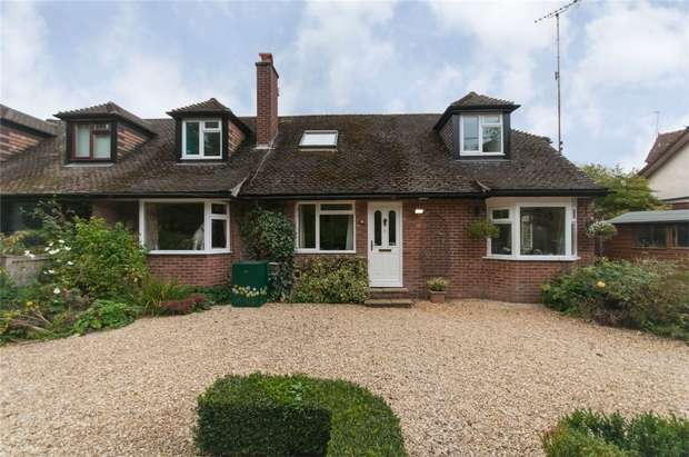 3 Bedrooms Chalet House for sale in Medmenham, Buckinghamshire