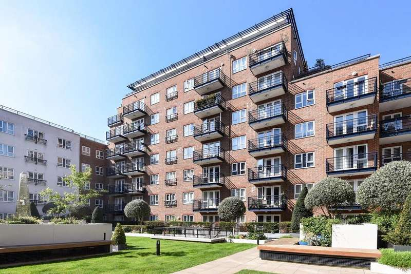 2 Bedrooms Flat for sale in Royal Quarter, Seven Kings Way, Kingston upon Thames
