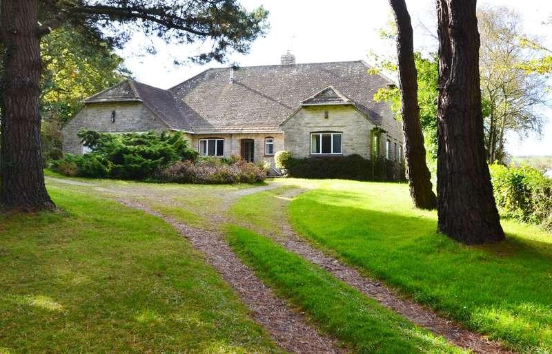 4 Bedrooms Detached Bungalow for sale in Harmans Cross