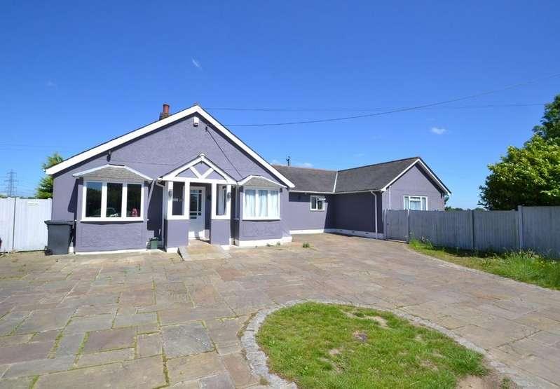4 Bedrooms Detached Bungalow for sale in Lanham Green, Cressing