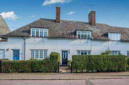 3 Bedrooms Terraced House for sale in Shorts Croft, London, Kingsbury, London
