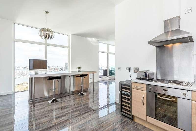 2 Bedrooms Penthouse Flat for sale in Sanderling Lodge, Rope Quays, GOSPORT