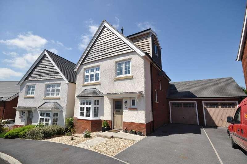 4 Bedrooms Detached House for sale in 48 Rhoddfa Morgan Drive, Llangunnor, Carmarthen SA31 2NX