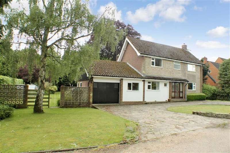 4 Bedrooms Detached House for sale in Green Acres, Lilley, LU2