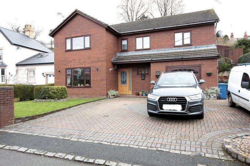 4 Bedrooms Detached House for sale in Mill Street, St. Asaph