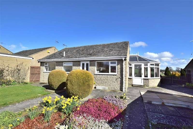 2 Bedrooms Detached Bungalow for sale in Park View, Leyburn, North Yorkshire