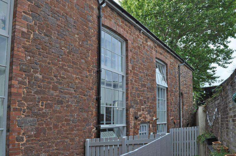 3 Bedrooms Terraced House for sale in The Mint, Exeter