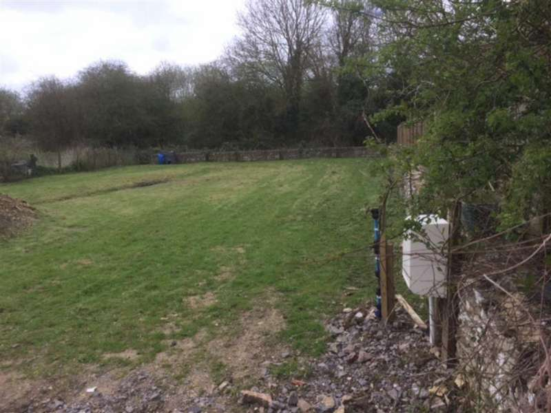 4 Bedrooms Land Commercial for sale in Windmill Road, Cirencester, Gloucestershire
