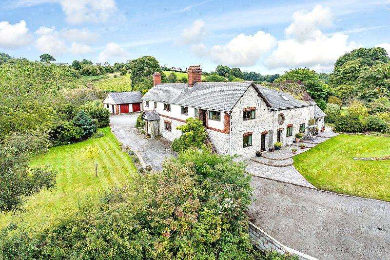 5 Bedrooms Detached House for sale in Hafod Road, Mold, CH7