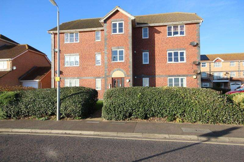 1 Bedroom Flat for sale in Selsey Avenue, CLACTON ON SEA