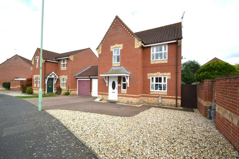 3 Bedrooms Detached House for sale in Plummers Dell, Ipswich, Suffolk, IP6