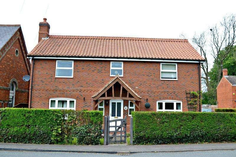 4 Bedrooms Detached House for sale in Fleetway, North Coates