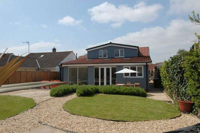 4 Bedrooms Property for sale in Westlands Avenue, Weston-on-the-Green