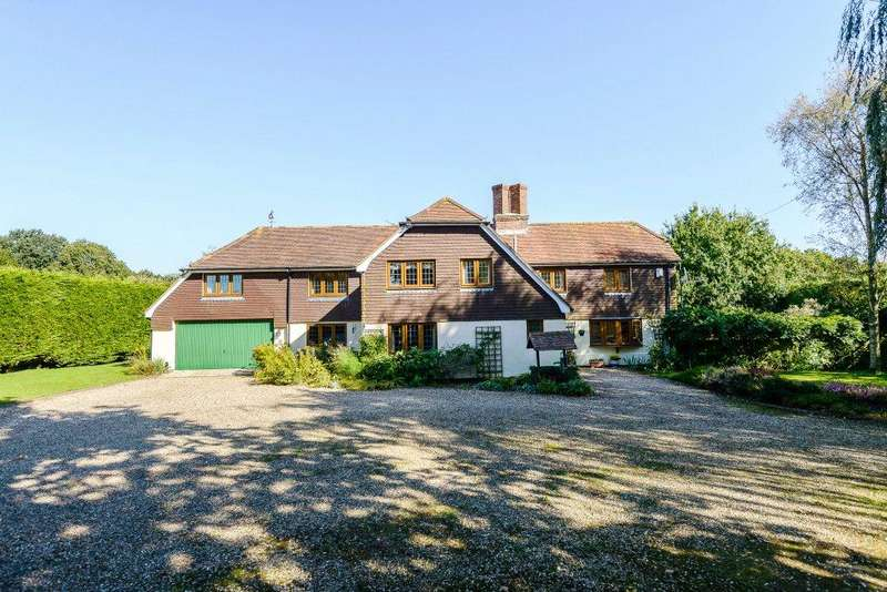 5 Bedrooms Detached House for sale in Bramley, Tadley, Hampshire, RG26