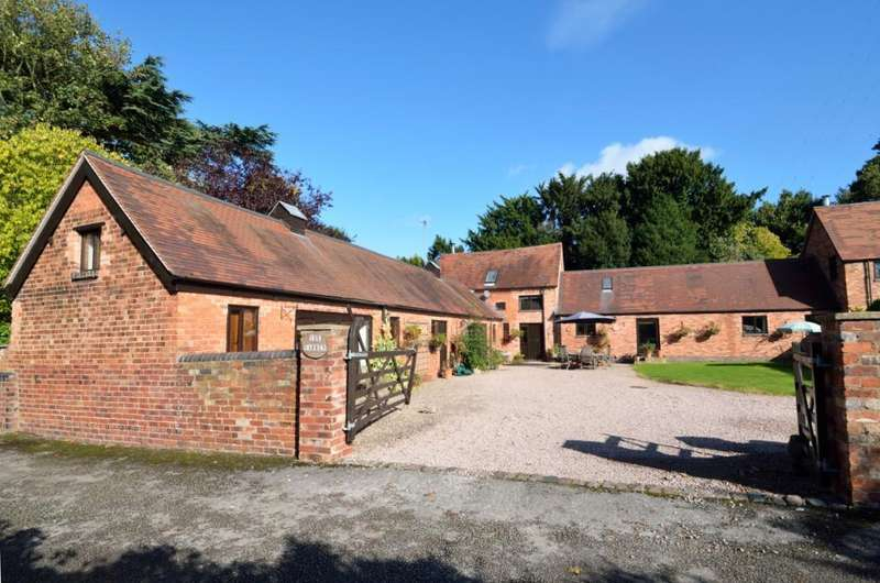 4 Bedrooms Barn Conversion Character Property for sale in Wychbold, Droitwich, Worcestershire