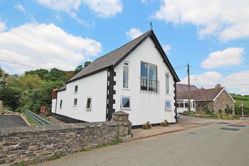 4 Bedrooms Detached House for sale in Tregeiriog, Llangollen