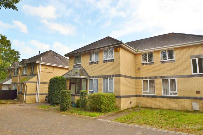3 Bedrooms Semi Detached House for sale in Three Legged Cross