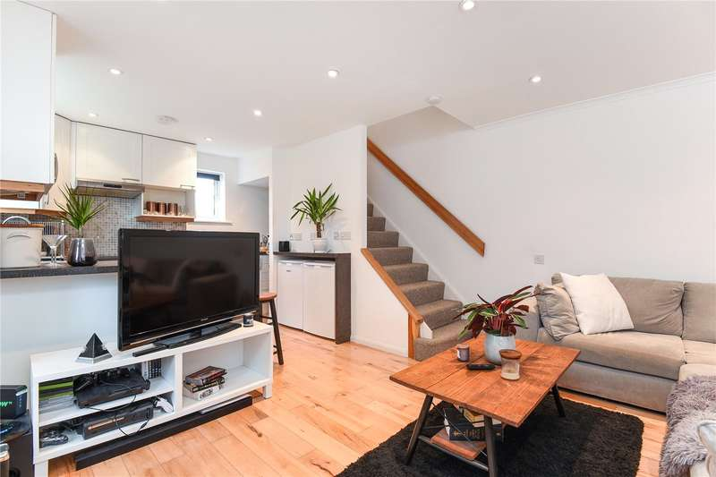 1 Bedroom End Of Terrace House for sale in Newcombe Rise, West Drayton, Middlesex, UB7