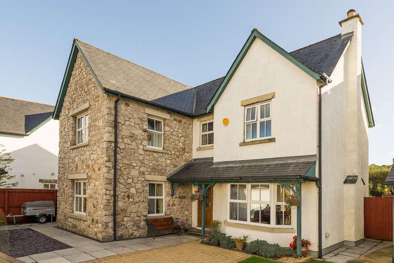 4 Bedrooms Detached House for sale in 3 Blencathra Gardens, Kendal, Cumbria, LA9 7HL