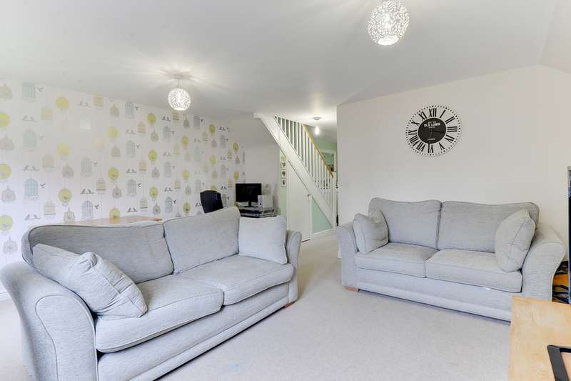 2 Bedrooms End Of Terrace House for sale in Sussex Drive, Royston, Royston, SG8