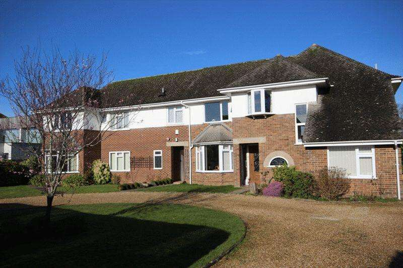2 Bedrooms Apartment Flat for sale in FRIARS CLIFF
