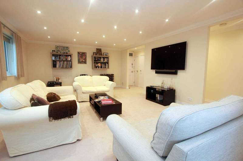 3 Bedrooms Penthouse Flat for sale in Manor Lea, Boundary Road