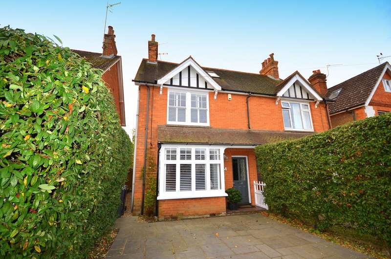 3 Bedrooms Semi Detached House for sale in Cranleigh