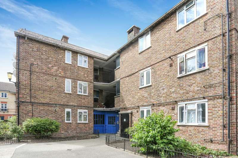 2 Bedrooms Apartment Flat for sale in Whiston Road, Haggerston