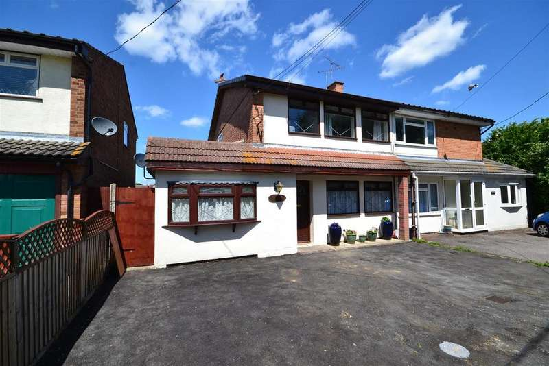 4 Bedrooms Semi Detached House for sale in The Chase, Kings Road, Southminster