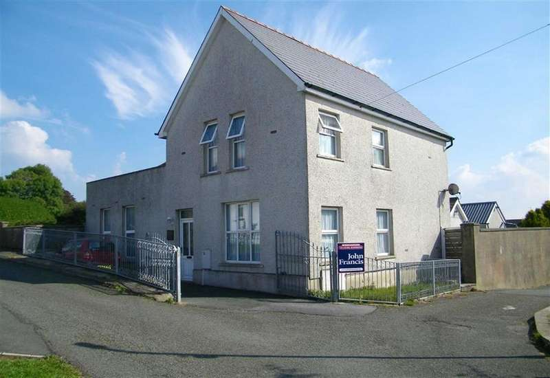 5 Bedrooms Detached House for sale in High Street, Neyland, Milford Haven