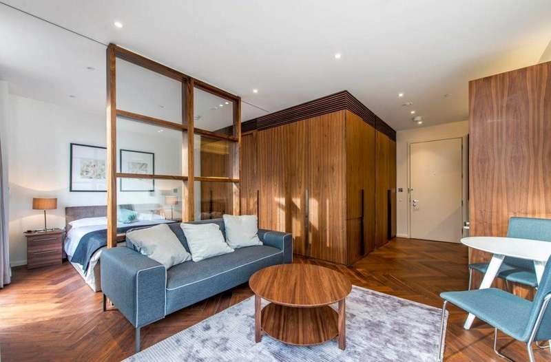 1 Bedroom Flat for sale in Capital Building, Embassy Gardens,