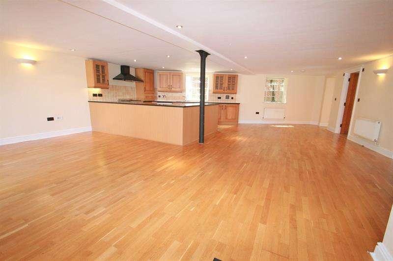 2 Bedrooms Property for sale in Springwell, Havant