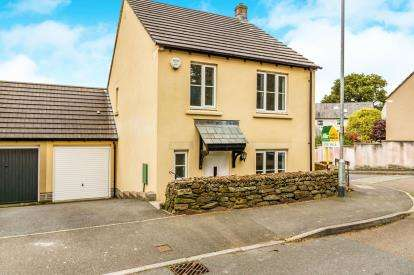 3 Bedrooms Link Detached House for sale in Pillmere, Saltash, Cornwall