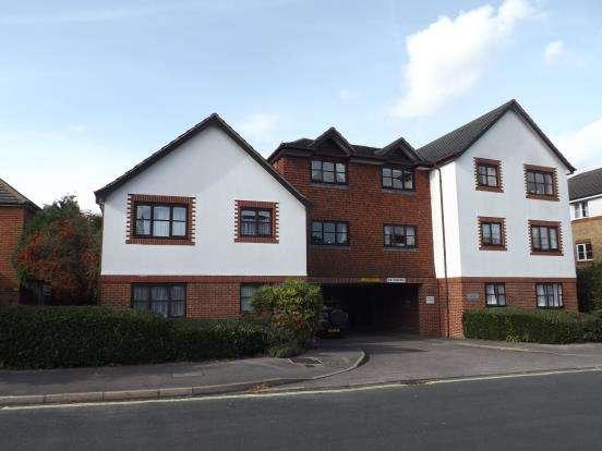 1 Bedroom Retirement Property for sale in Clarence Road, Fleet, Hampshire