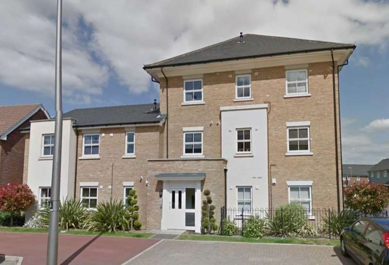 2 Bedrooms Apartment Flat for sale in Rowditch Furlong, Redhouse Park