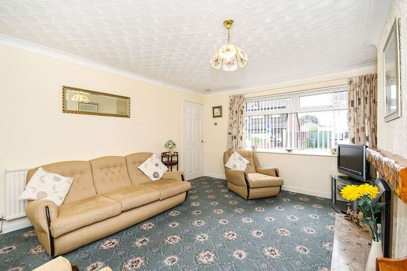 2 Bedrooms Semi Detached Bungalow for sale in Severn Close, St. Helens, WA9