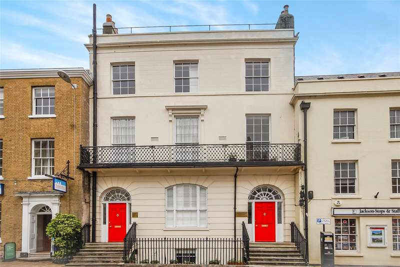 2 Bedrooms Apartment Flat for sale in Wadham House, 50 High West Street, Dorchester, Dorset, DT1